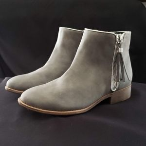 Nina Puffie Nubuck Ankle Boot Light Gray Silver